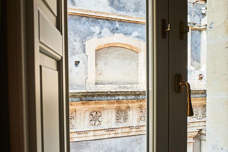 San Carlo Suites Noto - Deluxe Room Infiorata - Dettaglio Vista