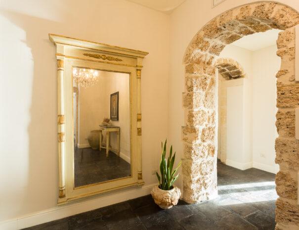 San Carlo Suites Noto - Hall Detail