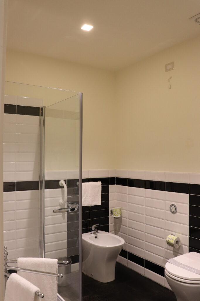 Superior 'Nicolaci' Bathroom
