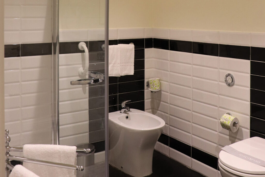 superior-room-nicolaci-bagno-1